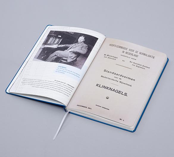 MN31 Mindnotes av hårdomslag av papper